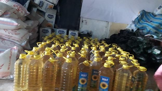Alle erhalten 5 Liter Speiseöl